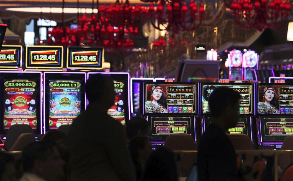 Игры в он лайне автоматы азартные